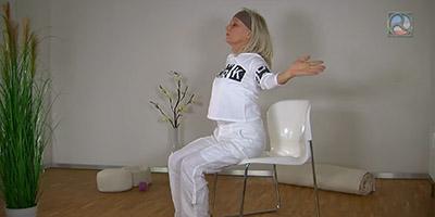 Carola Bleis bei der Feldenkrais Übung