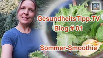 Antje Tittelmeier mit Zutaten für einen Sommer-Smoothie
