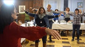 Teilnehmerinnen bei einer Übung