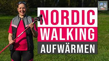 Antje Titelmeier mit Nordic Walking-Stöcken