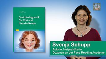 Svenja Schupp mit ihrem Buch